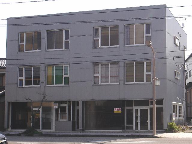 tabata-building-outside.jpg
